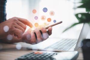 profil firmowy, profil osobisty, social media, sumarowska